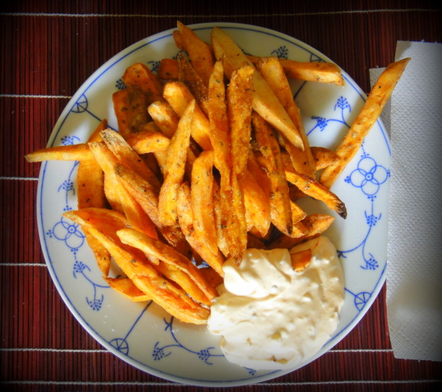 Sweet potato fries and chipotle pepper dip