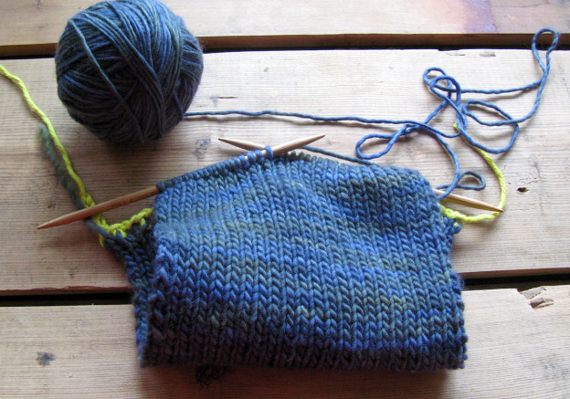 My first sweater begins…