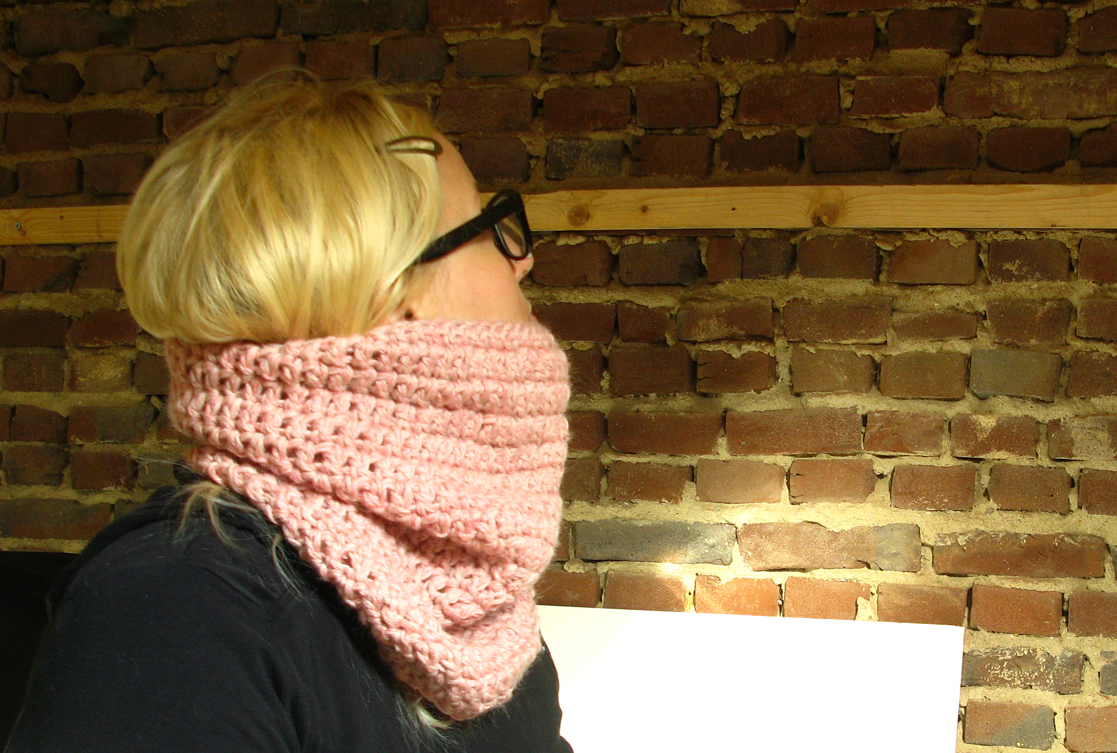 Chunnel Cowl extra long pinks 7